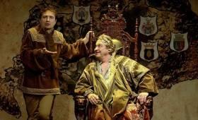 Új Színház - Országjáró Mátyás király