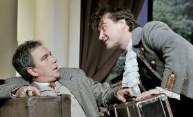 Új Színház - A bolondok grófja