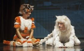 Kolibri Színház - Macska voltam Londonban
