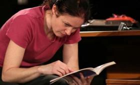 RS9 Színház - A negyvenkettedik széken ülő nő